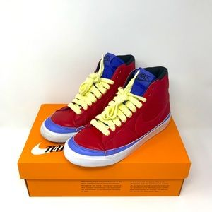 Nike - Wmns Blazer Mid 'Volt Red ND'